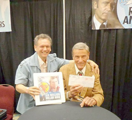 Anthony Lopez shows off his Bionic Fan Folder while Richard Anderson hold the infamous letter!